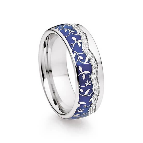 Silberblauer Ring